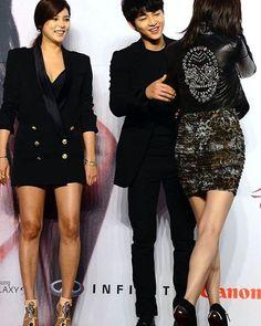Sexy Unnie with Chaeki. Nice Guy PressCon #throwback #niceguy #theinnocentman #songjoongki #kangmaru #moonchaewon #seoeungi #parksiyeon #hanjaehee #chaeki