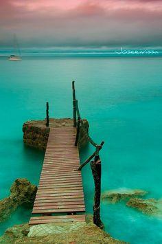 Mediterranean paradise, Balearic Islands - (CC)Jose Ramon (Joseeivissa) - www.flickr.com/photos/joseeivissa/4215846581/in/photostream