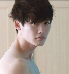 Lee Jong Suk Wouldn't we all like to wake up in the morning to this