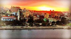 The Sun is Set to Rise Again over #LaHabana / #Fidel #lackOfLiberty #newera #Cuba #positivedisruption #community #culture #economy #family #story @whitehouse @realdonaldtrump @barackobama  My latest essay: 12/1/16  CoachBill.US or copy & paste below link.  http://ift.tt/2fKDj3K