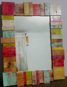 Espejo Maderitas | MercadoLimbo.com Wood Mirror, Mirror Art, Diy Mirror, Wood Wall Art, Mirrors, Pallet Frames, Pallet Art, Wood Crafts, Diy And Crafts