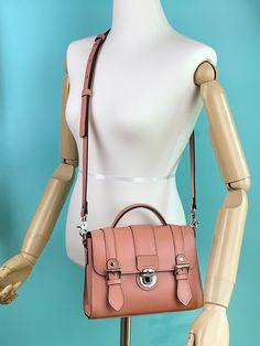 뉴미니 사첼백_22   아이디어스 - 핸드메이드, 수공예, 수제 먹거리 Bags, Fashion, Handbags, Moda, Fashion Styles, Fashion Illustrations, Bag, Totes, Hand Bags