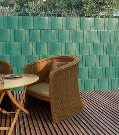 PVC Sichtschutzstreifen - Sichtzschutz für Garten und Terrasse.Finden Sie bei… Wicker, Chair, Furniture, Home Decor, Patio, Decoration Home, Room Decor, Home Furnishings, Stool