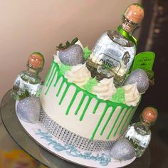 Alcohol Birthday Cake, Alcohol Cake, Adult Birthday Cakes, Birthday Cakes For Women, 21 Birthday, Tequila Cake, Liquor Cake, Easy Mixed Drinks, Patron Silver