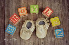 Honey B Photos fort worth maternity photography #moccasins