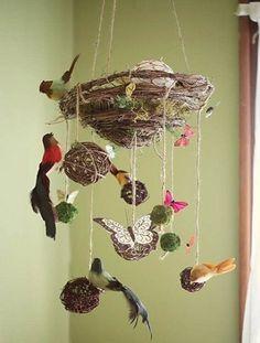 DIY Mobiles for Baby Nursery... neutral nursery yes sir ;)