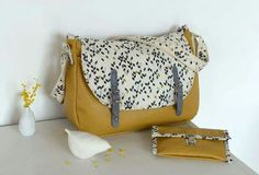 Sac besace cuir ocre couture