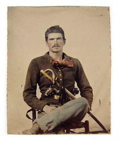 CIVIL WAR SOLDIER TINTYPE WITH SWORD & GUNS