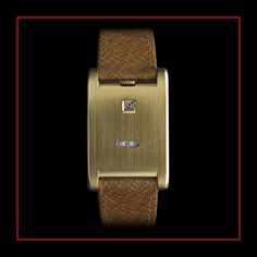 The iconic Tank watch was born in 1917 from a simple concept of four elements: two signature brancards in gold or platinum, a sapphire cabochon winding mechanism and a leather strap. Stylish Watches, Luxury Watches, Cool Watches, Watches For Men, Cute Things For Girls, Art Deco Watch, Double Monk Strap, Cartier Tank, Cartier Jewelry