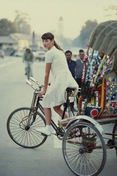Bicycle chic Christy Turlington