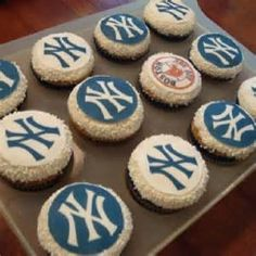 Perfect for Ben's Yankee themed birthday party.