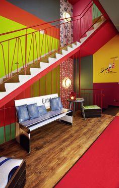 (c) 25h hotel FFM Levis Treppenhaus