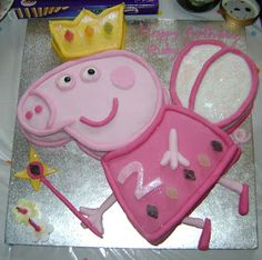 Cute Peppa Pig cake...there's a tutorial to make for Sophea