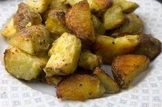τεχνική τραγανές πατάτες φουρνου Vegan Vegetarian, Vegetarian Recipes, Roasted Potatoes, Vegetables, Cooking, Master Chef, Food, Baked Potatoes, Cuisine