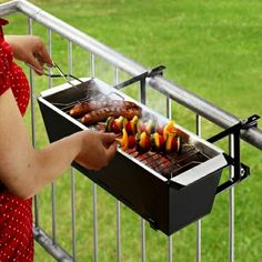 Seems practical for apartment living  OMG.... I LOVE THE IDEA!!! Doesn't work at my Appartment but if it did I'd be grilling tonight!!!