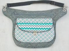 You sew a bag and have belt pouch - handlebar bag - handbag and Hip Bag, Hip Purse, Belt Pouch, Bag Patterns To Sew, Quilted Bag, Small Bags, Cosmetic Bag, Purses And Bags, Projects
