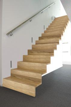 Escalier int rieur escalier moderne en b ton escaliers for Tarif escalier bois