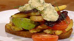 Sandwich med ovnsbakte grønnsaker Aioli, Sprouts, Potato Salad, Bacon, Sandwiches, Meat, Chicken, Vegetables, Ethnic Recipes