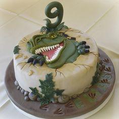 T Rex Cake, Dino Cake, Pumpkin Pecan Cobbler, Dinosaur Birthday Cakes, Fondant Cakes, Cupcake Cookies, Themed Cakes, Amazing Cakes, Cake Decorating