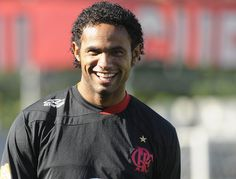 Com ex-goleiro Bruno livre presidente do Flamengo nega retorno  Não há a  menor possibilidade