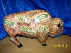 Large Buffalo Bank dollar bills design La Moola still animal figurine