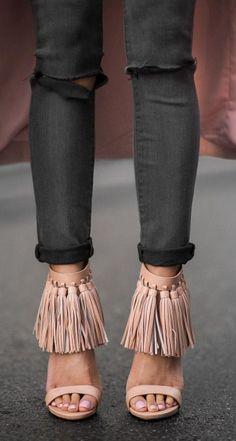 Tassel-icious // Heels from  @windsorstore