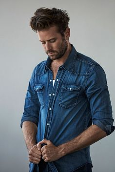 The Art of Seduction: Armie Hammer - Favorites - # Armie Hammer, Hottest Male Celebrities, Celebs, Codename U.n.c.l.e, Art Of Seduction, In Vino Veritas, Most Beautiful Man, Gorgeous Guys, Poses