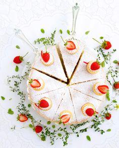 Homemade Strawberry Jam, Summer Berries, Sponge Cake, Whipped Cream, Cookies, With, Baking, Holiday Decor, Yum Yum