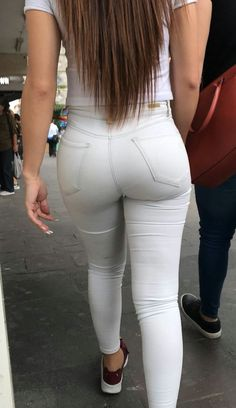Sexy Jeans, Superenge Jeans, Skinny Jeans, Sexy Asian Girls, Girls Jeans, Jeans Style, Girl Fashion, Sexy Women, Beautiful Women