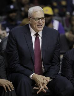 The zen master: Phil Jackson 2 times Nba champin as a player, 11 times as a coach. Phil Jackson, Zen Master, Nba Champions, Miami Heat, Los Angeles Lakers, Chicago Bulls, Coaches, 4 Life, Lakes