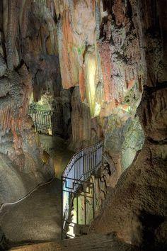 Drogarati Cave, Sami, Cephalonia, Greece