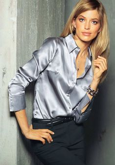 best ideas about Satin Blouses Blouse Sexy, Grey Blouse, Blouse And Skirt, Beige Shirt, Style Work, Pencil Skirt Black, Pencil Skirts, Satin Shirt, Satin Blouses