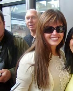Stopping to take a photo while on her way through an airport. Vintage Movie Stars, Vintage Movies, Osmond Family, The Osmonds, Marie Osmond, How To Take Photos, Sunglasses Women, Hair Makeup, Take That