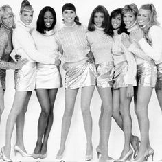 One more of the ladies #emmasjoberg #lindaevangelista #naomicampbell #christyturlington #veronicawebb #yasmeenghauri #triciahelfer #claudiaschiffer