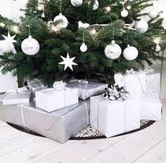white // grey // christmas presents // simple christmas decor // gift wrap // presents //