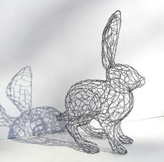 Twisting Wire to Create Cute Animal Sculptures by Ruth Jensen stuff with sawdust and grass seed Chicken Wire Art, Chicken Wire Crafts, Wire Art Sculpture, Wire Sculptures, Chicken Wire Sculpture Diy, Sculpture Ideas, Art Fil, Found Object Art, 3d Studio