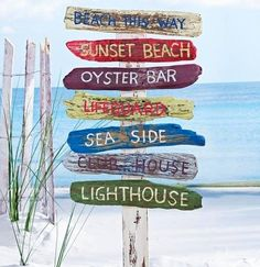 Door Signs - Maybe out of Canoe Padles? - tropical outdoor decor Beach Signs on a Stake Seaside Decor, Beach House Decor, Coastal Decor, Home Decor, Tropical Outdoor Decor, Outdoor Beach Decor, Outdoor Ideas, Deco Surf, Driftwood Signs