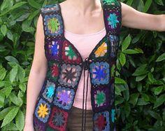 Crochet chaleco chaleco encubrimiento encaje Patchwork cuadrados de flores en tonos tierra hippie Boho Festival otoño otoño UK 8-10 nos 4-6
