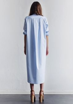 light blue maxi shirtdress & platform sandals #style #fashion #minimal #summer