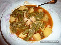 Fino varivo od mahuna i piletine, na početku može još i celer i mrkva.