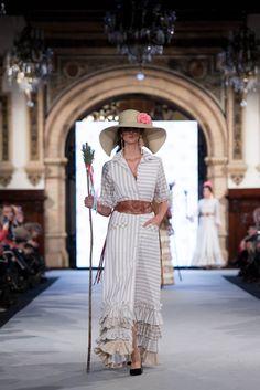 We Love Flamenco 2020 - Sevilla Printed Dresses, Gowns, Gaucho, Shirt Dress, Retro, Womens Fashion, Prints, Clothes, Beautiful