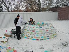 If you live in a cold climate, this would be fun. Fill with colored water and leave outside to freeze. Then build a fort or igloo. See the site for pretty pics of the igloo at night with a light inside. Snow Much Fun, Snow Fun, Igloo Building, Snow Activities, Ice Blocks, Winter Fun, Winter Snow, Rainbow Colors, Gardens