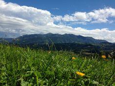 Vistas desde Lúe  a la Sierra del Sueve después de una mañana de lluvia. Agosto 2013. En Colunga, Asturias. Foto by PatriGM