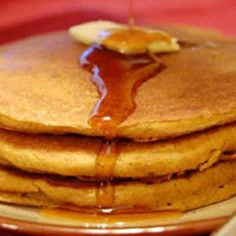 Pumpkin pancakes. I used oat flour, cardamom (1 tsp) and subbed cloves (1tsp) for the ginger spice.