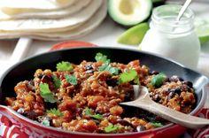 Mexické fazole s mletým masem Bouquet Garni, Quesadilla, Fried Rice, Pork, Food And Drink, Yummy Food, Beef, Healthy Recipes, Baking