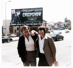 George A. Romero & Stephen King Stand In Front Of Billboard For Creepshow Zombie Movies, Scary Movies, King George, New Beverly Cinema, Everything Film, Literary Heroes, George Romero, Steven King, Stephen King Books