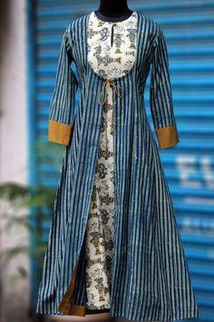 Maati Crafts Blue Cotton Printed Front Cut Kurti