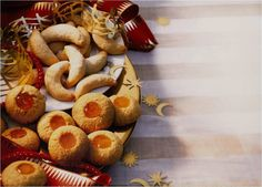 German Christmas Cookies - Vanillekipferl