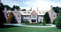 Blithewold Mansion: A 33-acre summer estate with beautiful views of Narragansett Bay, gardens, and an arboretum.