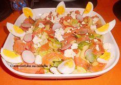 Cinco sentidos na cozinha: Salada de massa com alface iceberg,salmão fumado e...